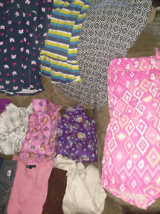 Girls clothing  mixed size 5/6and 7/8