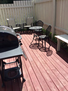 DOWNTOWN 3 BDRM, Furnished or without, DECK, GARDEN, LAUNDRY,