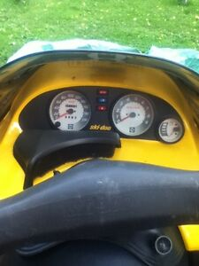 1995 mxz 580 sled for sale or trade for a race quad or 4x4 quad Cornwall Ontario image 2