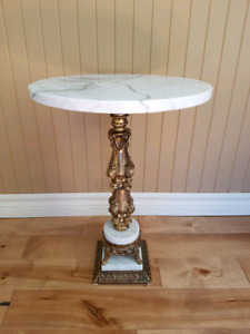 ensemble table et lampe antique