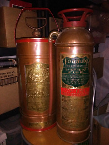 COPPER AND BRASS ANTIQUE FIRE EXTINGUISHER AMAZING CONDITION