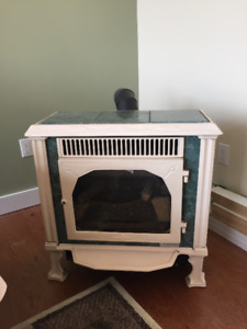 Hearthstone Vermont propane or natural gas stove