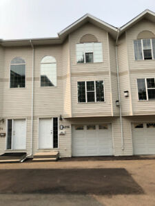 3 BEDROOM TOWNHOUSE FOR RENT IN MILLWOODS AVAILABLE SEPT 1ST