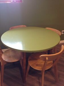 Green Quartz solid wood table