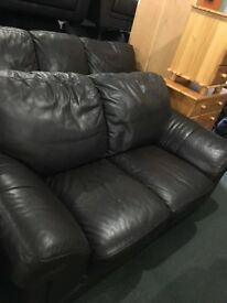 Large 3n2 suite brown leather reduced