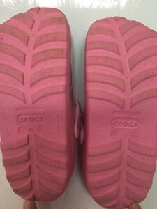 Girls crocs size 12/13 Peterborough Peterborough Area image 3