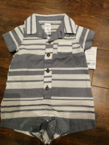 0-3 month brand new with tags carters romper $3