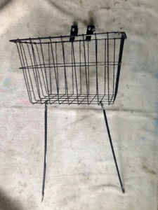 Like new Wald front basket 135 Front Grocery