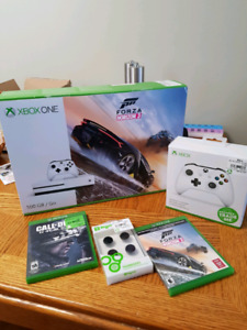 XBox One S, system & accessories