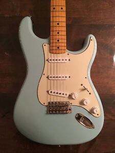 Fender Stratocaster Classic 50´s Daphnee Blue (mexicaine)