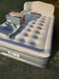 Yawn double inflatable mattress