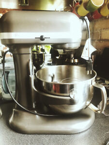 Kitchen Aid Professional Stand Mixer
