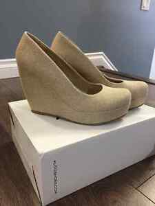 "Brand New Women's Aldo ""SIMA"" Wedge Heel, Size 9"