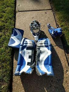 Road hockey goalie equipment - ADULT
