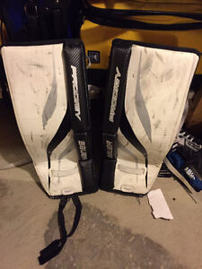 """22"""" Bauer Prodigy Youth Goalie Pads"""