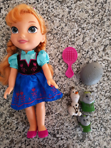 Anna doll and accessories