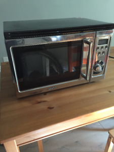 Sanyo microwave with built-in grill