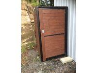 Steel framed shed £320