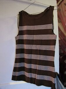 brown/white stripped top