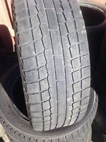 225/55/18 Yokohama pneus d'hiver - winter tires