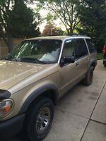 2000 Ford Explorer **NEED GONE ASAP**