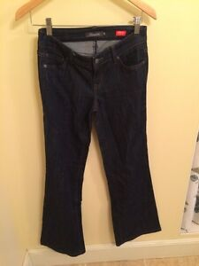 Anthropologie Level 99 Jeans sz 26