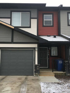 Roommate needed for beautiful place in Cochrane