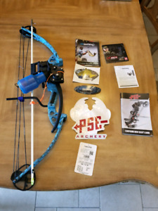 PSE Compound bow. Discovery bow fishing package.
