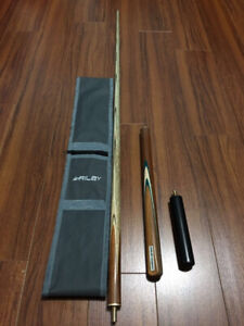 Riley 3/4 Snooker Cue + Case