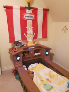 Little Tikes - Pirate Toddler Bed - NEW PRICE!