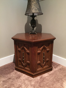 Set of two Vintage End Tables