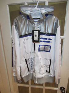 Loads of NEW Star Wars clothes and collectibles!!!