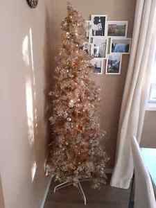 OR BEST OFFER Gorgeous 6' rose gold Christmas tree