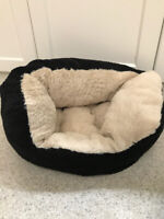 Cat bed -   Good condition.