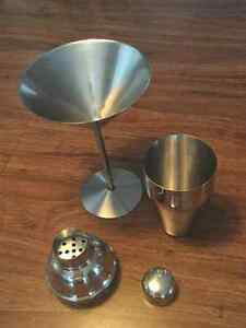 4 Piece Stainless Steel Martini Glass and Shaker