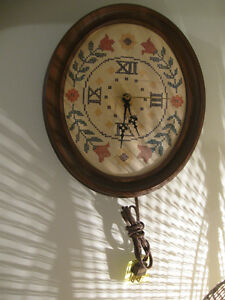 McGRAW-EDISON CO. KITCHEN WALL-CLOCK with OLD-FASHIONED APPEAL