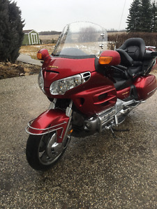 2003 Honda Gold Wing With 2007 Fibro Concepts Trailer