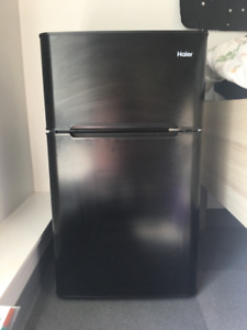 3.2 Cubic Feet Mini Fridge w/ Freezer