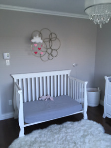 3 in 1 crib with mattress ans crib sheets