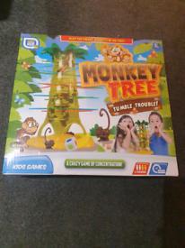 Monkey tree kerplunk