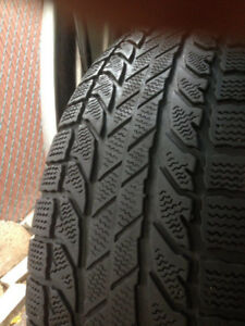4 Bfgoodrich winter tires 265-70-17