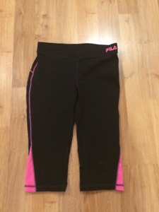 New Fila Pink & Black Crop Workout Pants $30 Size Small