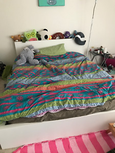 very new bed and mattresses used for 1 year <queen size>