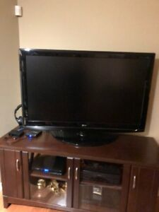 LG 47 Inch Flat TV Mint Condition