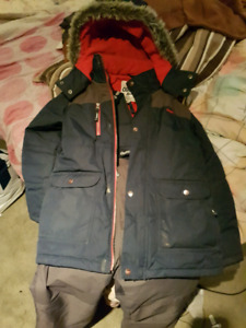 Boys size 12 Oshkosh winter cost and snow pants
