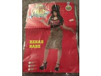 Amy Winehouse Halloween costume with beehive wig