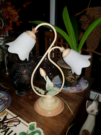 Table lamp by Dar vintage twin bulb vgc