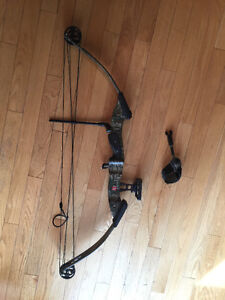 Compound bow for sale Prince George British Columbia image 1