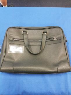 Louis vuitton unisex handbag with key and lock Belmont Belmont Area Preview