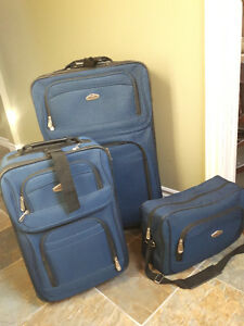 Cambridge Luggage for sale!~